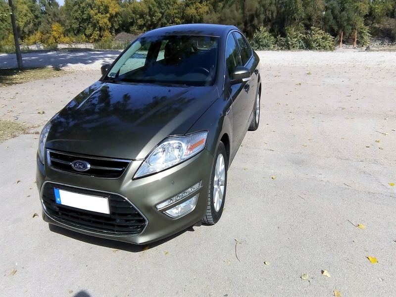 Ford Mondeo 2012-02-01